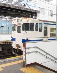 唐津線佐賀行き列車
